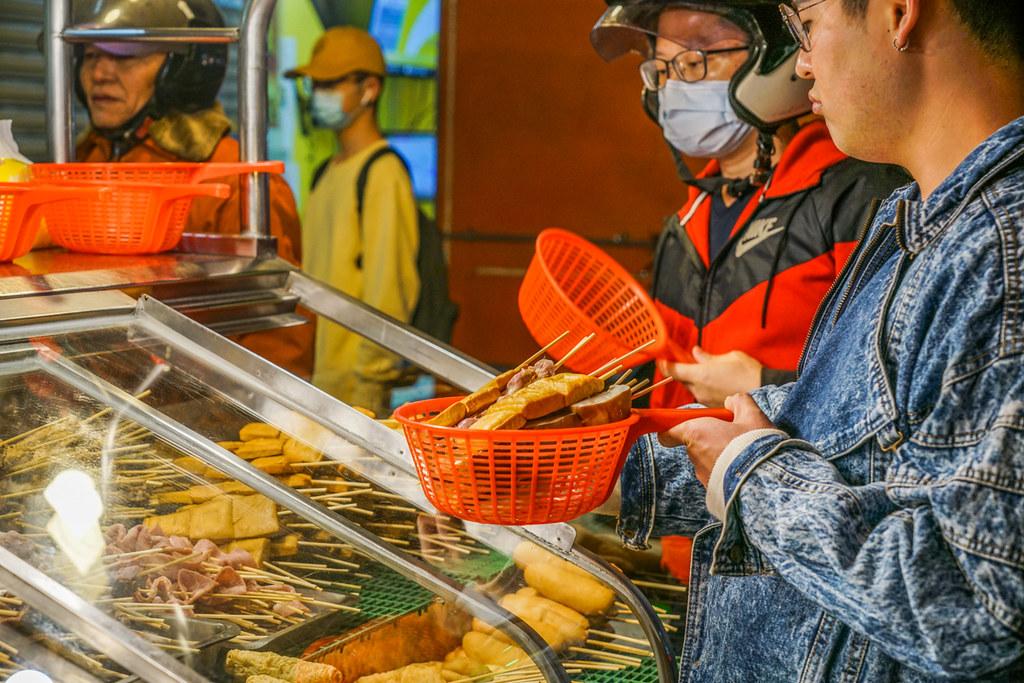 蘆洲串燒|每串12元起好吃串燒推薦『二哥串烤』蘆洲宵夜 @梅格(Angelababy)享樂日記