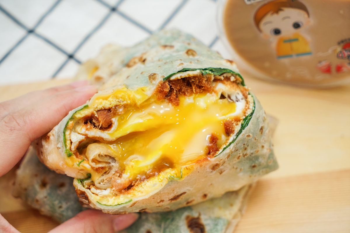新莊早餐 一咬就爆的邪惡手工蛋餅『爆漿蛋餅』新莊思源店 @梅格(Angelababy)享樂日記
