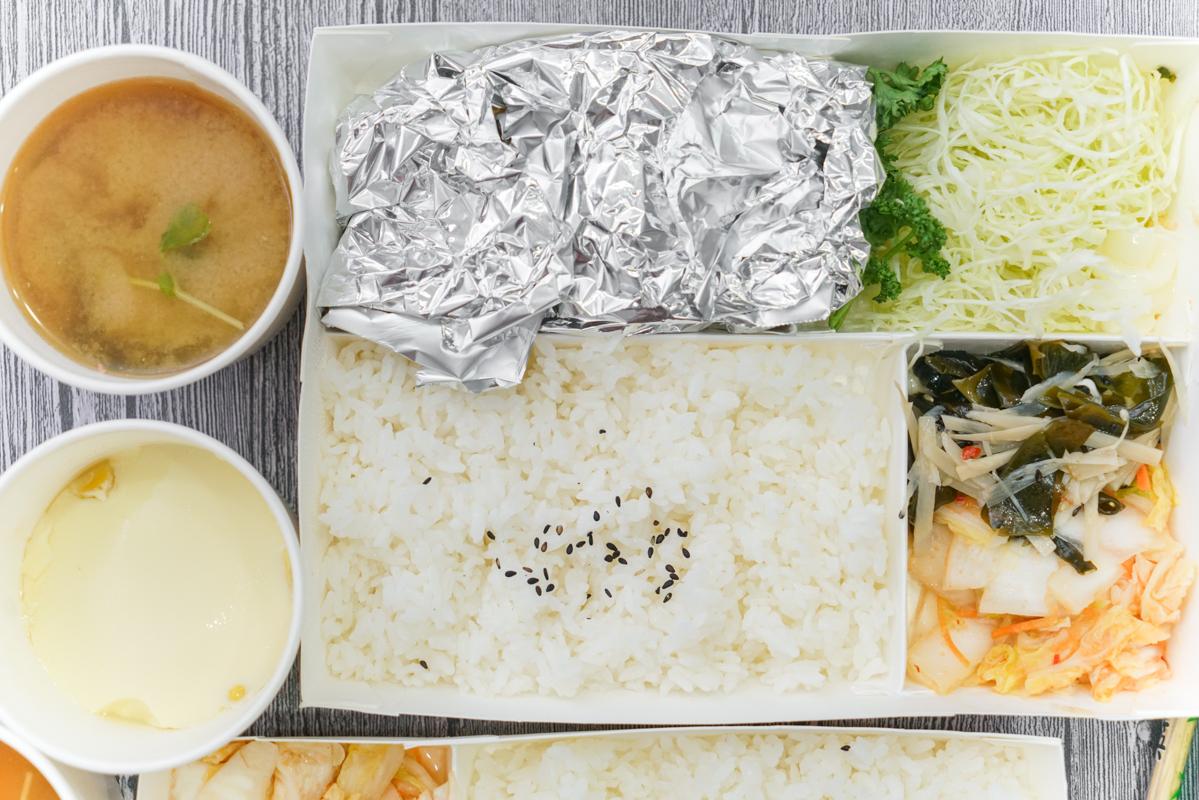 大直日本料理 日式定食外帶110起『揚屋大眾日式料理』大推薑燒牛肉定食 @梅格(Angelababy)享樂日記