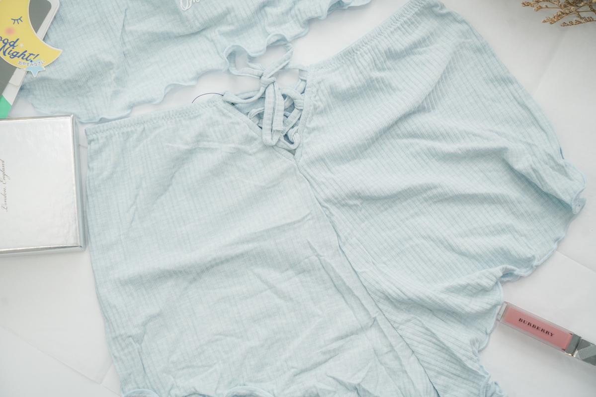 女生睡衣推薦|我的可愛小性感『Qmomo 晚安推推 睡眠內衣』美胸晚安內衣、天然蘭精莫代爾 @梅格(Angelababy)享樂日記