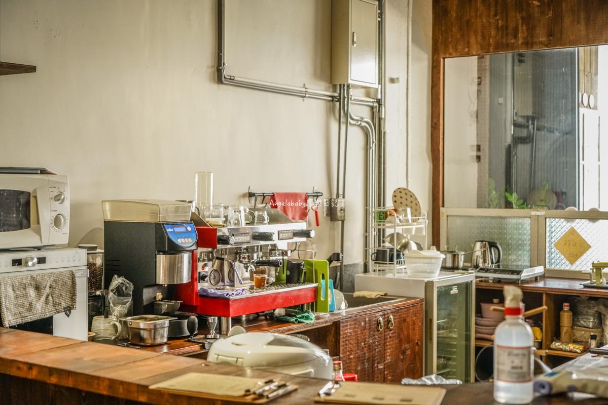 松江南京咖啡 新開幕老宅咖啡、插座不限時複合式咖啡『餘生漫漫 輕食空間』包廂咖啡、菜單 @梅格(Angelababy)享樂日記