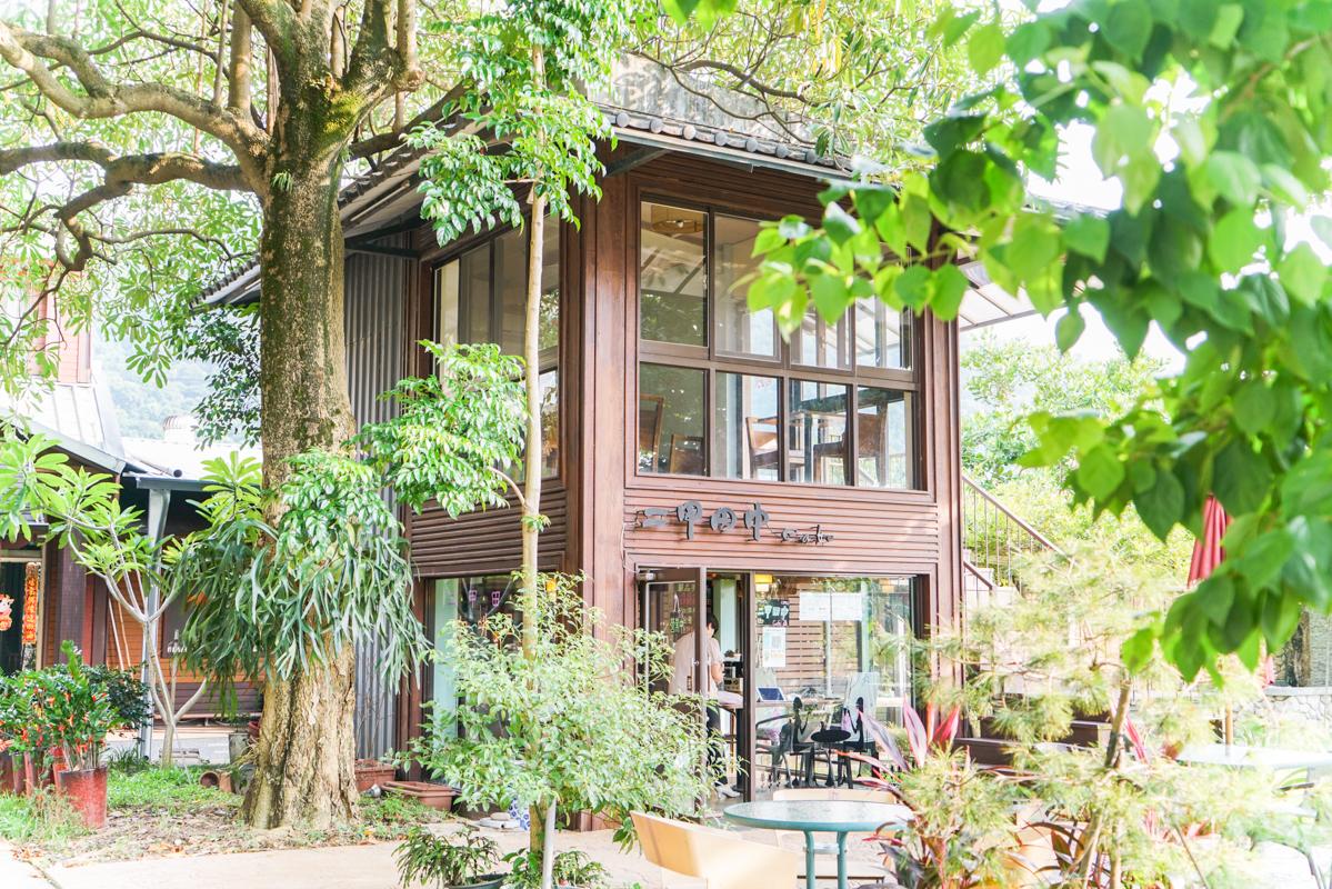 新北秘境、三峽鶯歌咖啡|隱身在田園間的小木屋咖啡輕食『二甲田中cafe』 @梅格(Angelababy)享樂日記
