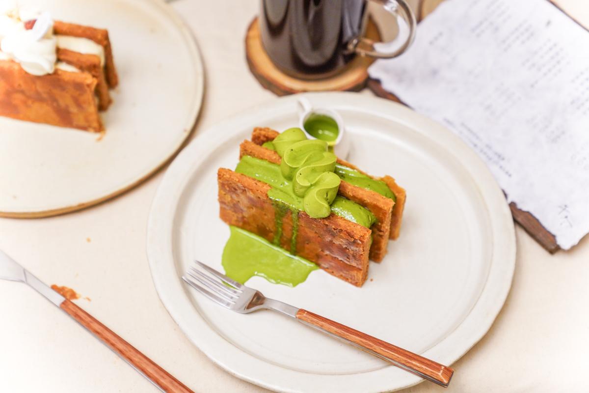 六張犁站新開幕甜點『午冬甜點』|台北人氣千層蛋糕、插座不限時咖啡、午冬甜點價格、台北外帶甜點推薦 @梅格(Angelababy)享樂日記