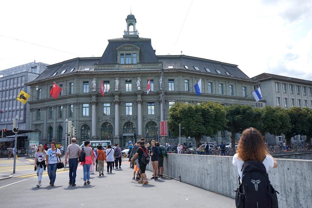 風光明媚的瑞士盧森半日遊 #穆塞格城牆 #獅子紀念碑 #卡貝爾橋 @梅格(Angelababy)享樂日記