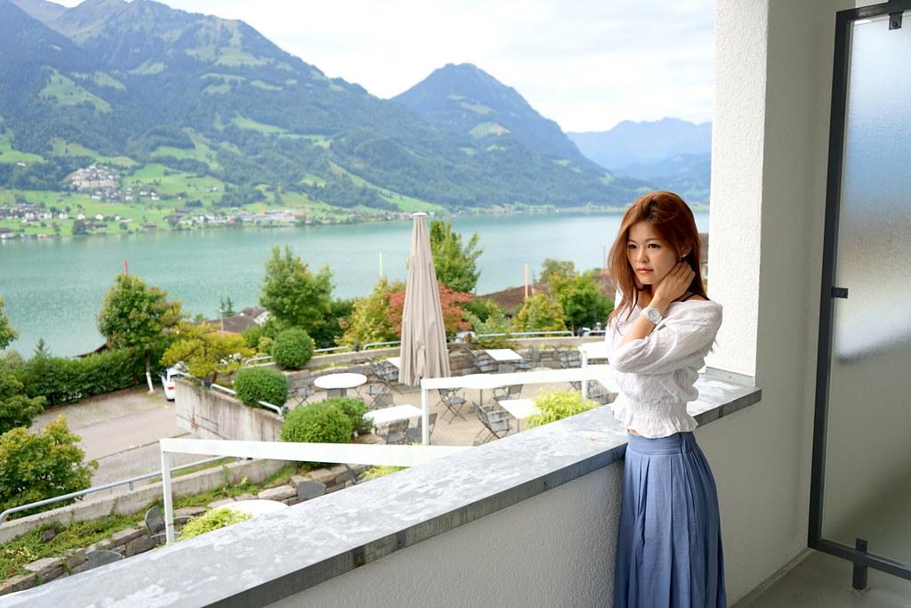 一秒愛上瑞士 評選為薩爾嫩最佳地理位置住宿之一 威爾巴德湖濱酒店Seehotel Wilerbad #私人海灘區 #盧森20分鐘車程 #俯瞰薩爾嫩湖 #免費wifi #湖景高級雙人房 @梅格(Angelababy)享樂日記