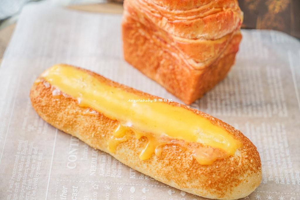 左營高鐵站 不買會後悔@帕莎蒂娜Pasadena Bakery  ♥ 隨便買都好吃到爆炸的麵包店 ♥ @梅格(Angelababy)享樂日記