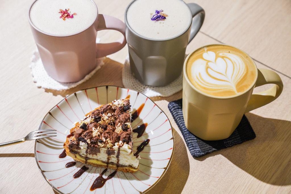 東區隱藏版韓系咖啡『光扉5號』手作香蕉巧克力派超好吃、東區不限時咖啡 @梅格(Angelababy)享樂日記