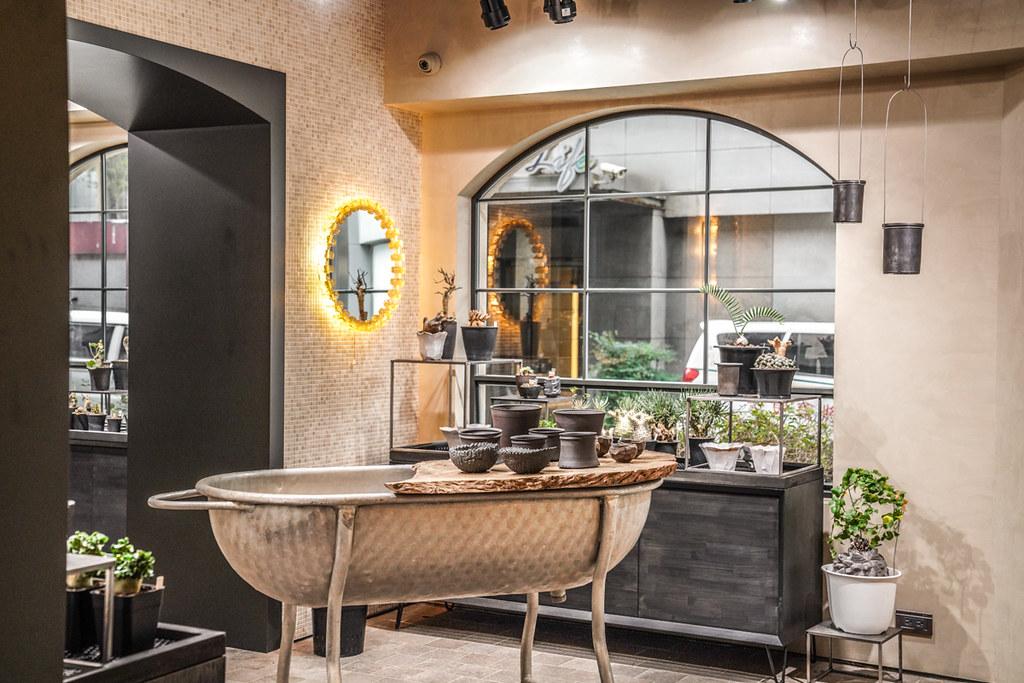 新開幕東區歐風咖啡廳『Bits & Pieces』網美必訪、ig打卡新地標、好吃鹹蛋黃軟餅、複合式咖啡、仁愛圓環咖啡 @梅格(Angelababy)享樂日記